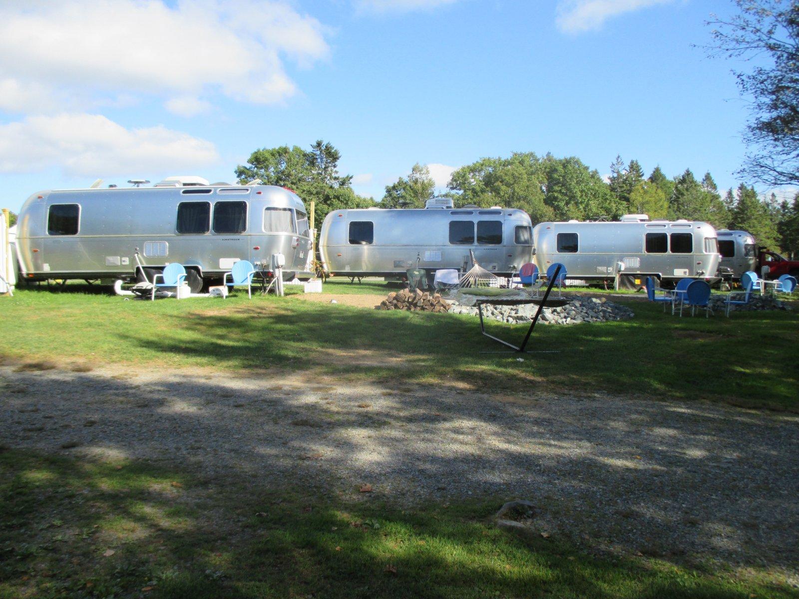 Click image for larger version  Name:1409 Aluminum Cabins at KOA.jpg Views:155 Size:339.9 KB ID:221603