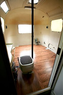 Click image for larger version  Name:5D__0017 new floor w toilet-s.jpg Views:491 Size:79.7 KB ID:22213