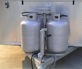 Click image for larger version  Name:tanks.JPG Views:135 Size:82.0 KB ID:22235