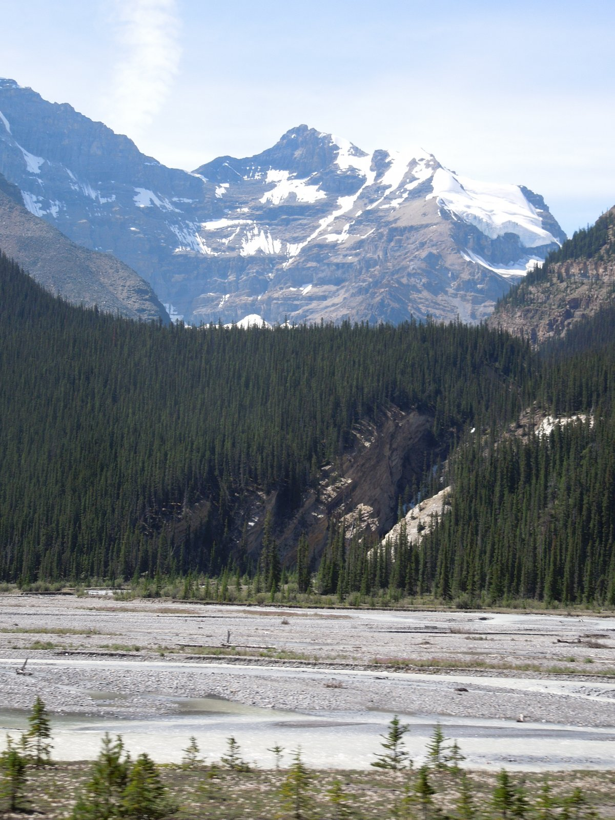 Click image for larger version  Name:Dawson Creek to Icefield Parkway to Cochrane 220.jpg Views:49 Size:384.0 KB ID:222447
