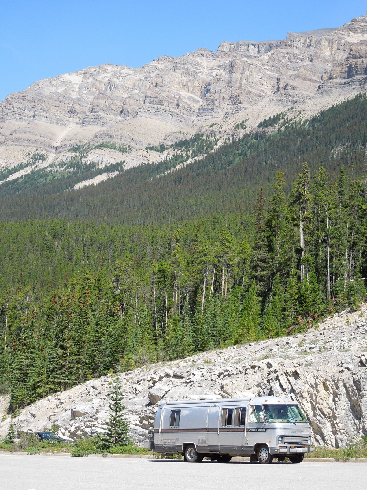 Click image for larger version  Name:Dawson Creek to Icefield Parkway to Cochrane 234.jpg Views:49 Size:632.1 KB ID:222449