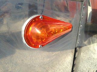 Click image for larger version  Name:55 Safari original Hook lights..rare..JPG Views:79 Size:378.3 KB ID:223366