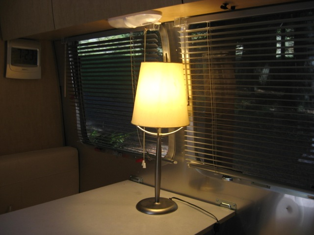 Click image for larger version  Name:Lamp, shade.jpg Views:191 Size:70.2 KB ID:224327