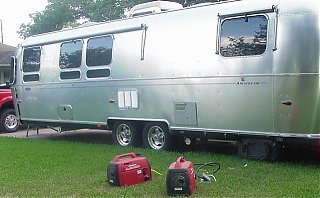 Click image for larger version  Name:Generators and 31' Classic.jpg Views:658 Size:50.1 KB ID:22466