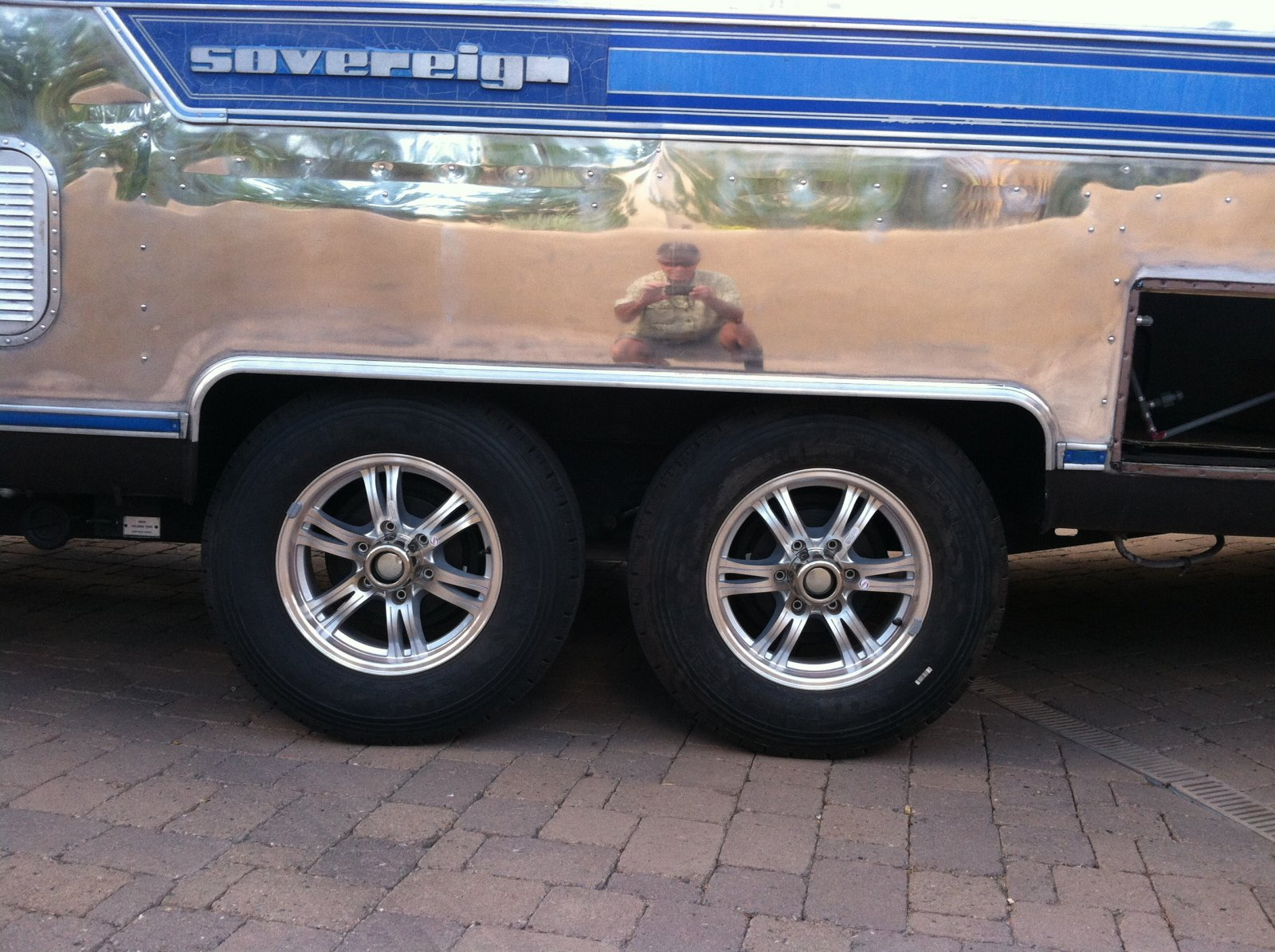 Click image for larger version  Name:AS New Wheels and Axles Installed.jpg Views:88 Size:347.7 KB ID:224750