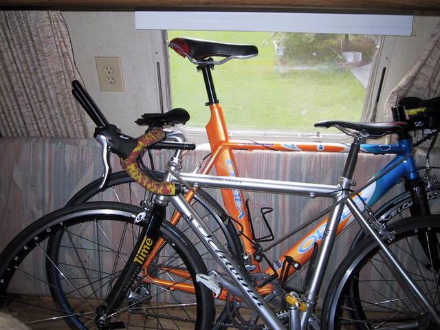 Click image for larger version  Name:bike_transport.jpg Views:68 Size:63.3 KB ID:22484