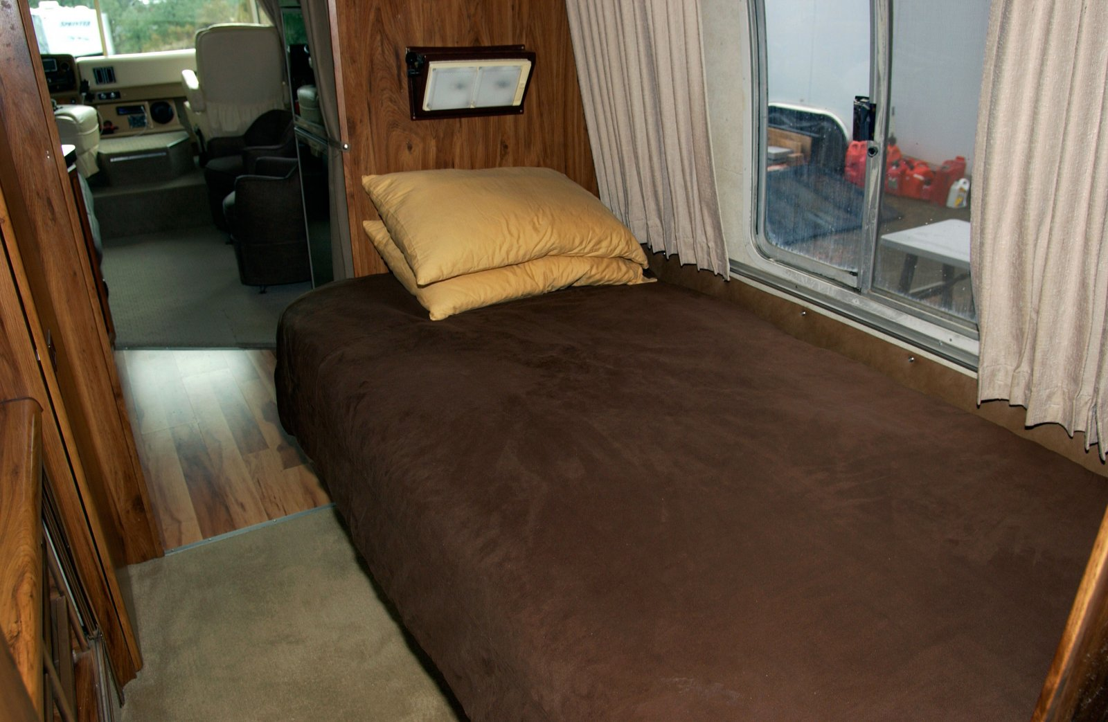 Click image for larger version  Name:Bed-web.jpg Views:88 Size:231.6 KB ID:225297