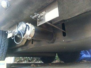 Click image for larger version  Name:tank valves.jpg Views:229 Size:232.0 KB ID:225667
