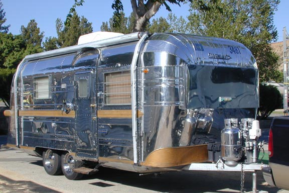 Click image for larger version  Name:1965_Streamline_Duchess.jpg Views:55 Size:66.4 KB ID:226199