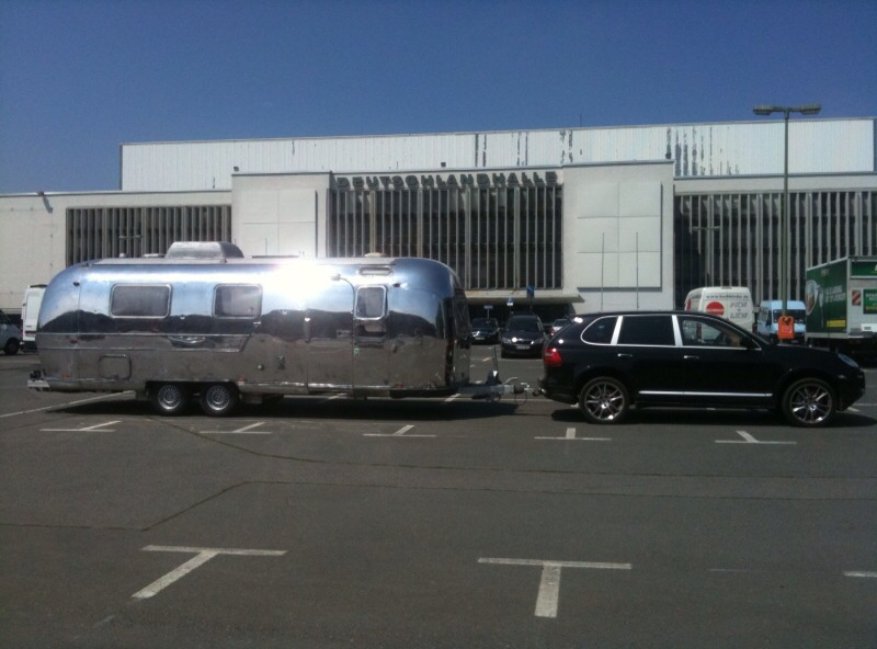 Click image for larger version  Name:Cayenne+Airstream.jpg Views:69 Size:106.0 KB ID:226960