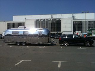 Click image for larger version  Name:Cayenne+Airstream.jpg Views:81 Size:106.0 KB ID:226960