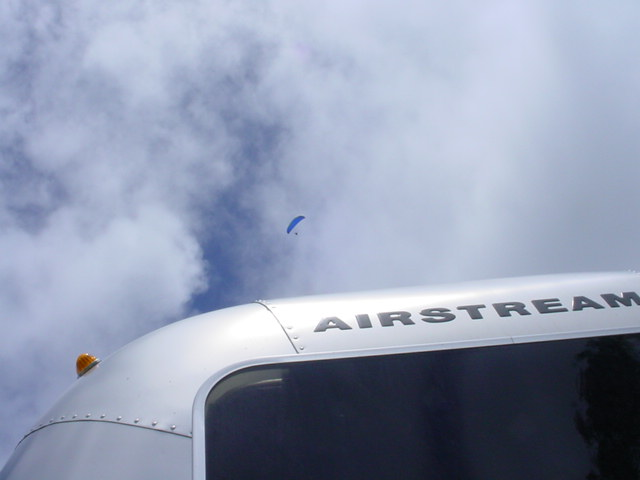 Click image for larger version  Name:airstream hangglider.jpg Views:88 Size:37.7 KB ID:22725
