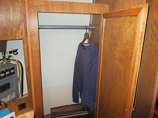 Click image for larger version  Name:1405 Wardrobe Open.jpg Views:100 Size:251.2 KB ID:227389