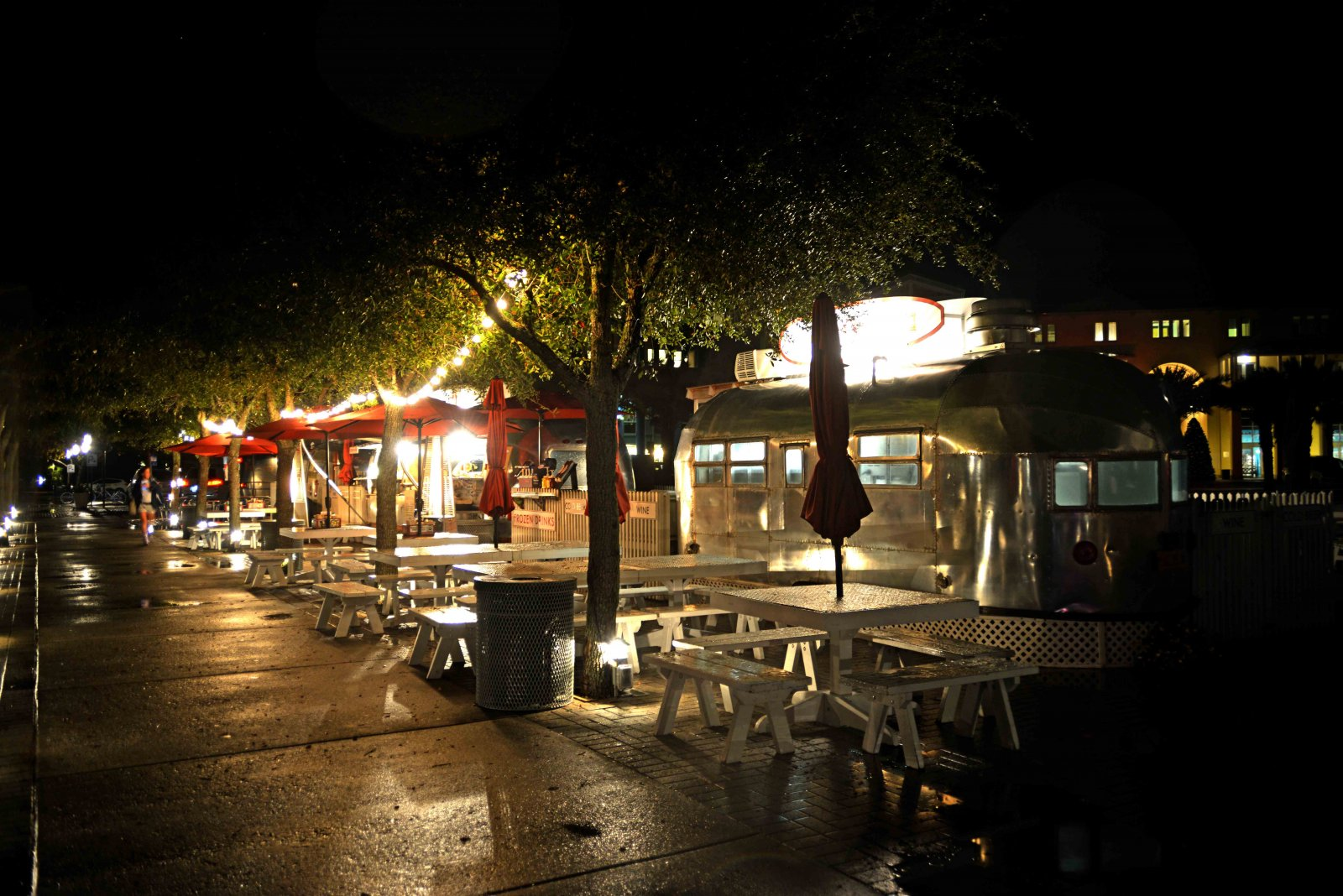 Click image for larger version  Name:AS Diner-2-s.jpg Views:87 Size:303.5 KB ID:228496