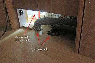 Click image for larger version  Name:point of view of side of black tank.jpg Views:74 Size:351.0 KB ID:228817