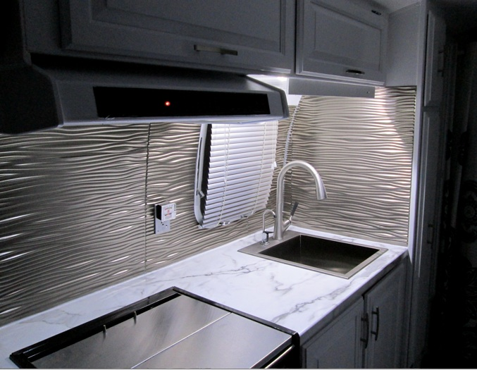 Click image for larger version  Name:Galley-new-LEDs.jpg Views:138 Size:121.2 KB ID:229052