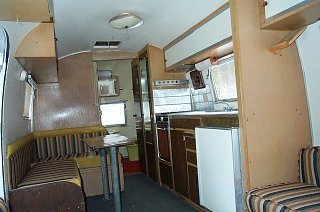 Click image for larger version  Name:1960 Airstream 1.jpg Views:115 Size:84.1 KB ID:229105