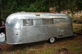 Click image for larger version  Name:1960 Airstream 3.jpg Views:113 Size:111.1 KB ID:229107