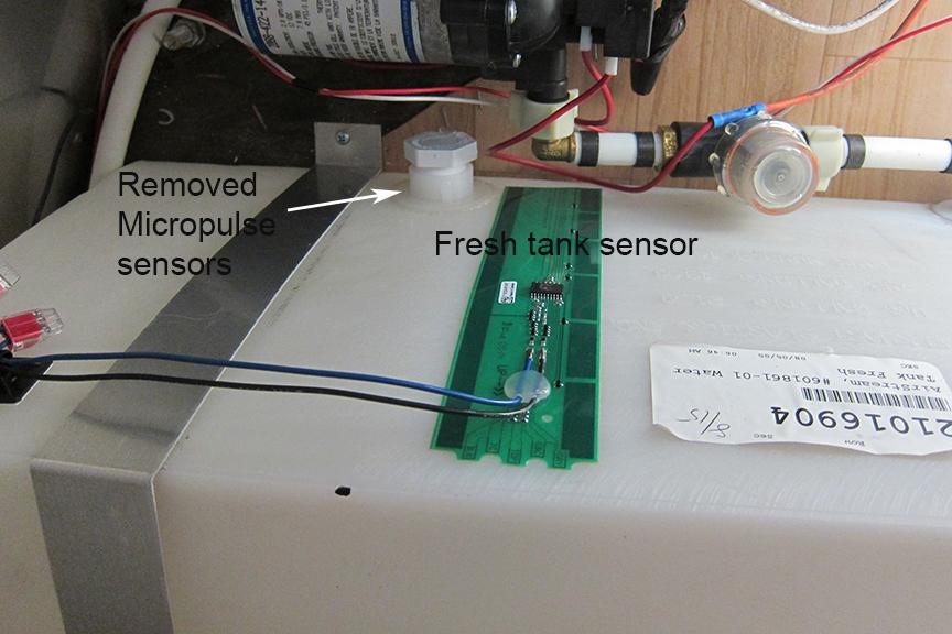 Click image for larger version  Name:fresh water tank sensor.jpg Views:124 Size:396.9 KB ID:229924