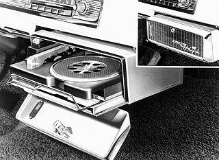 Click image for larger version  Name:Chrysler-Highway-Hi-Fi-car-record-player.jpg Views:74 Size:92.8 KB ID:230058