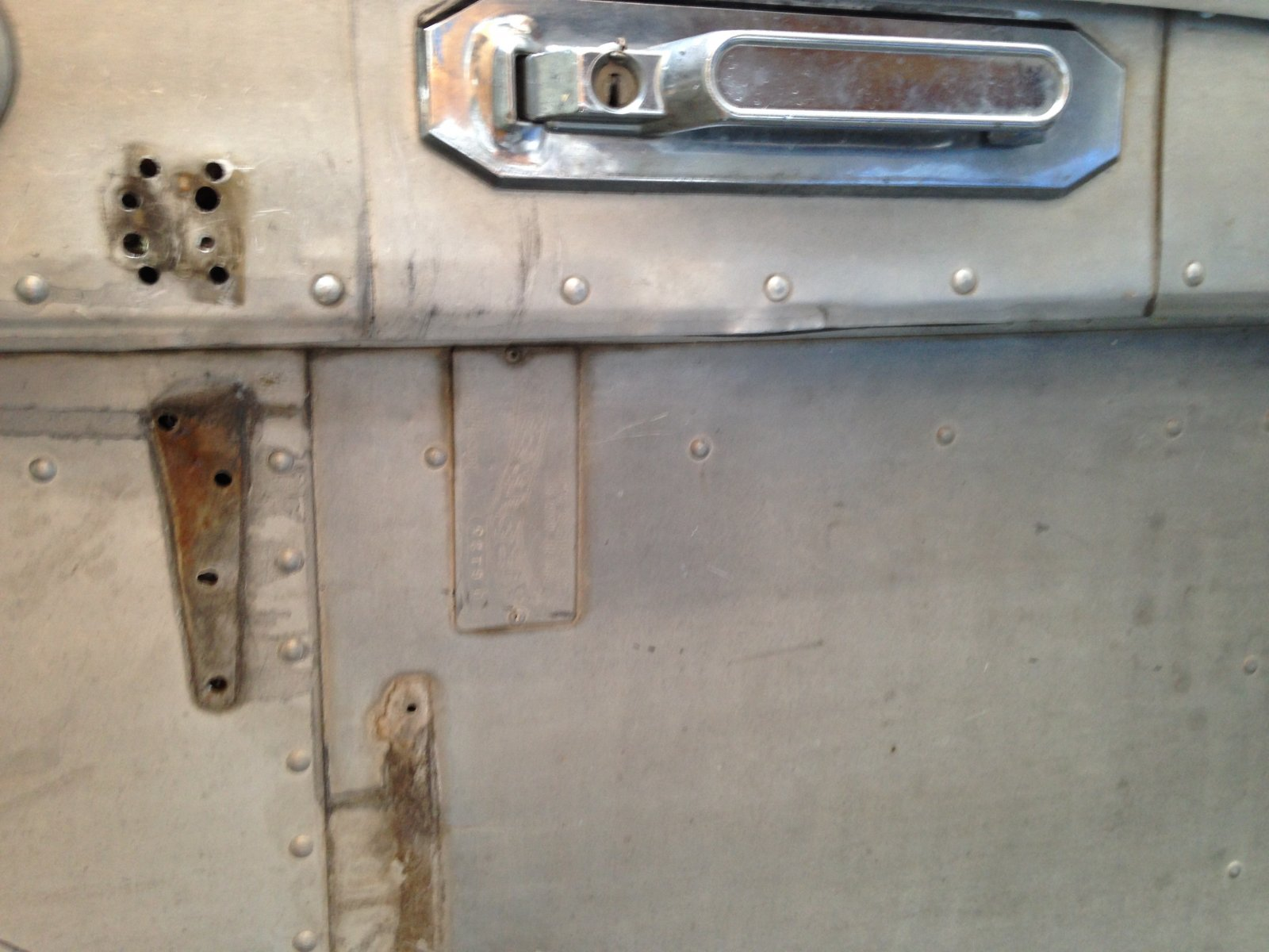 Click image for larger version  Name:Crappy lock.jpg Views:47 Size:212.2 KB ID:230377