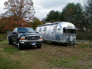 Click image for larger version  Name:4x4&airstream1.jpg Views:1313 Size:61.5 KB ID:2304