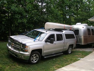Click image for larger version  Name:canoe and Airstream.jpg Views:487 Size:449.8 KB ID:230575