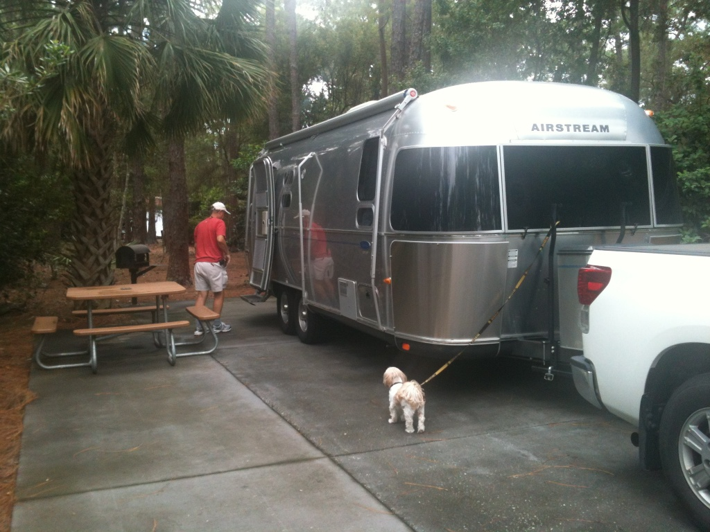 Click image for larger version  Name:Airstream in DW.jpg Views:173 Size:272.1 KB ID:230595
