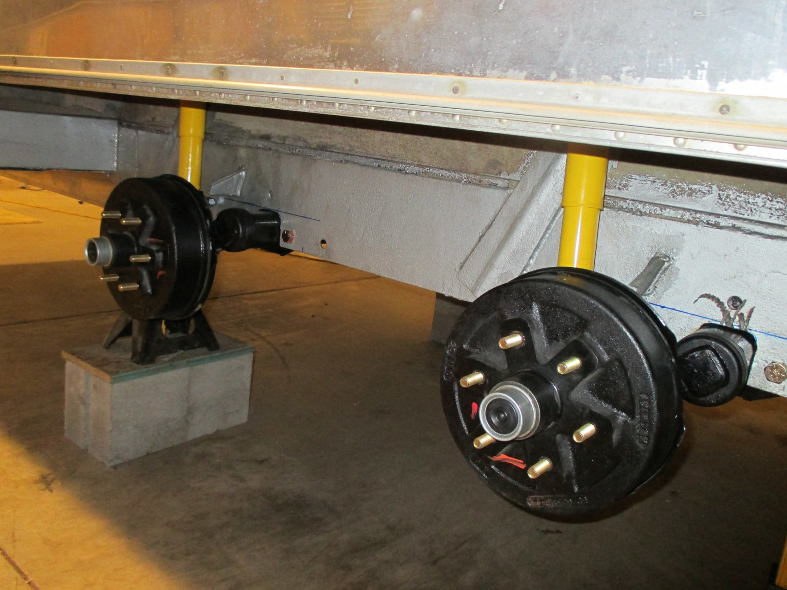Click image for larger version  Name:1406 Axles Both Mounted.jpg Views:83 Size:274.5 KB ID:231362