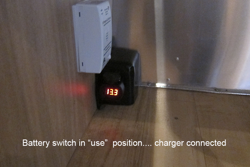 Click image for larger version  Name:charger connected.jpg Views:65 Size:342.6 KB ID:231395