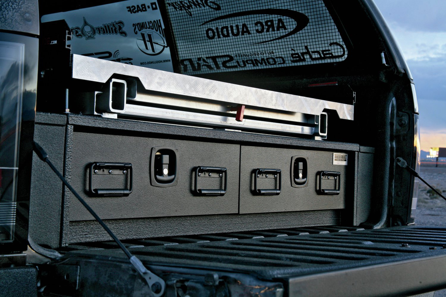 Click image for larger version  Name:truck-vault.jpg Views:127 Size:321.9 KB ID:232189