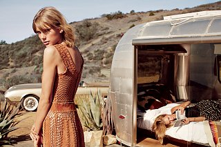 Click image for larger version  Name:karlie-kloss-taylor-swift-vogue-march-2015-8.jpeg Views:294 Size:182.7 KB ID:232852