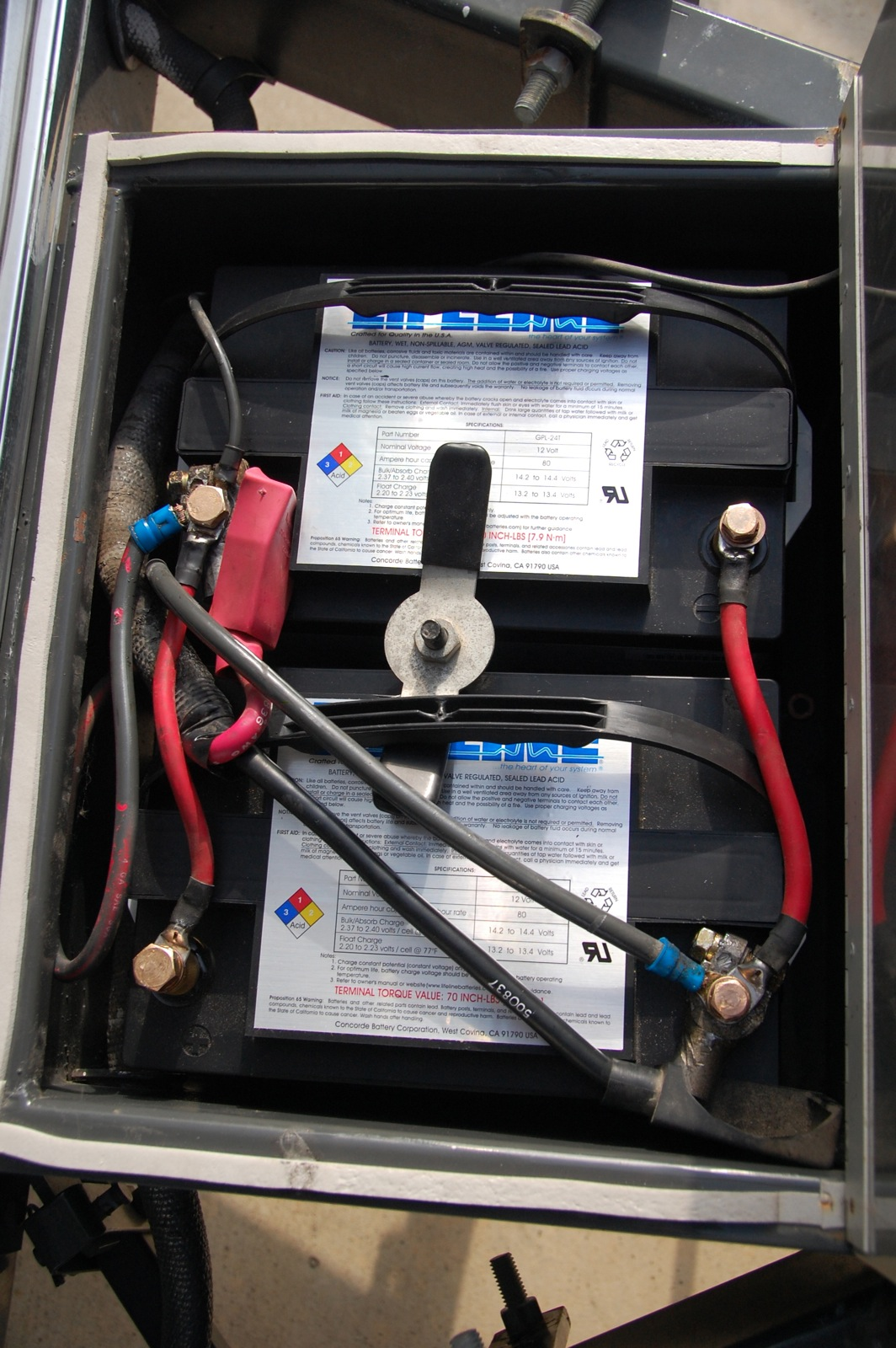Click image for larger version  Name:DSC_0093 Lifeline AGM batteries.jpg Views:95 Size:430.4 KB ID:233349