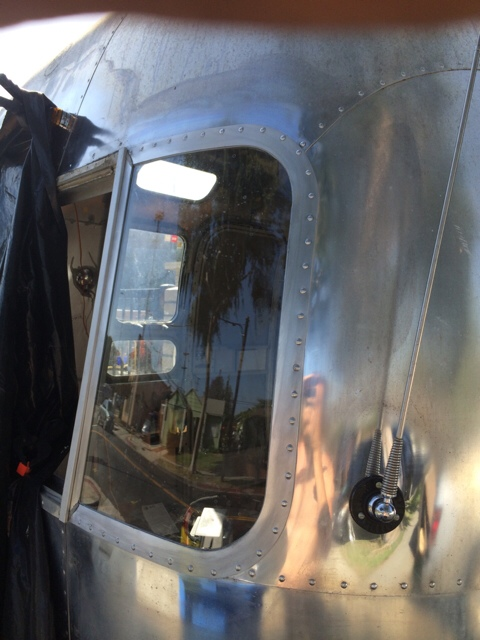 Click image for larger version  Name:ImageUploadedByAirstream Forums1427929425.368298.jpg Views:98 Size:109.6 KB ID:235399