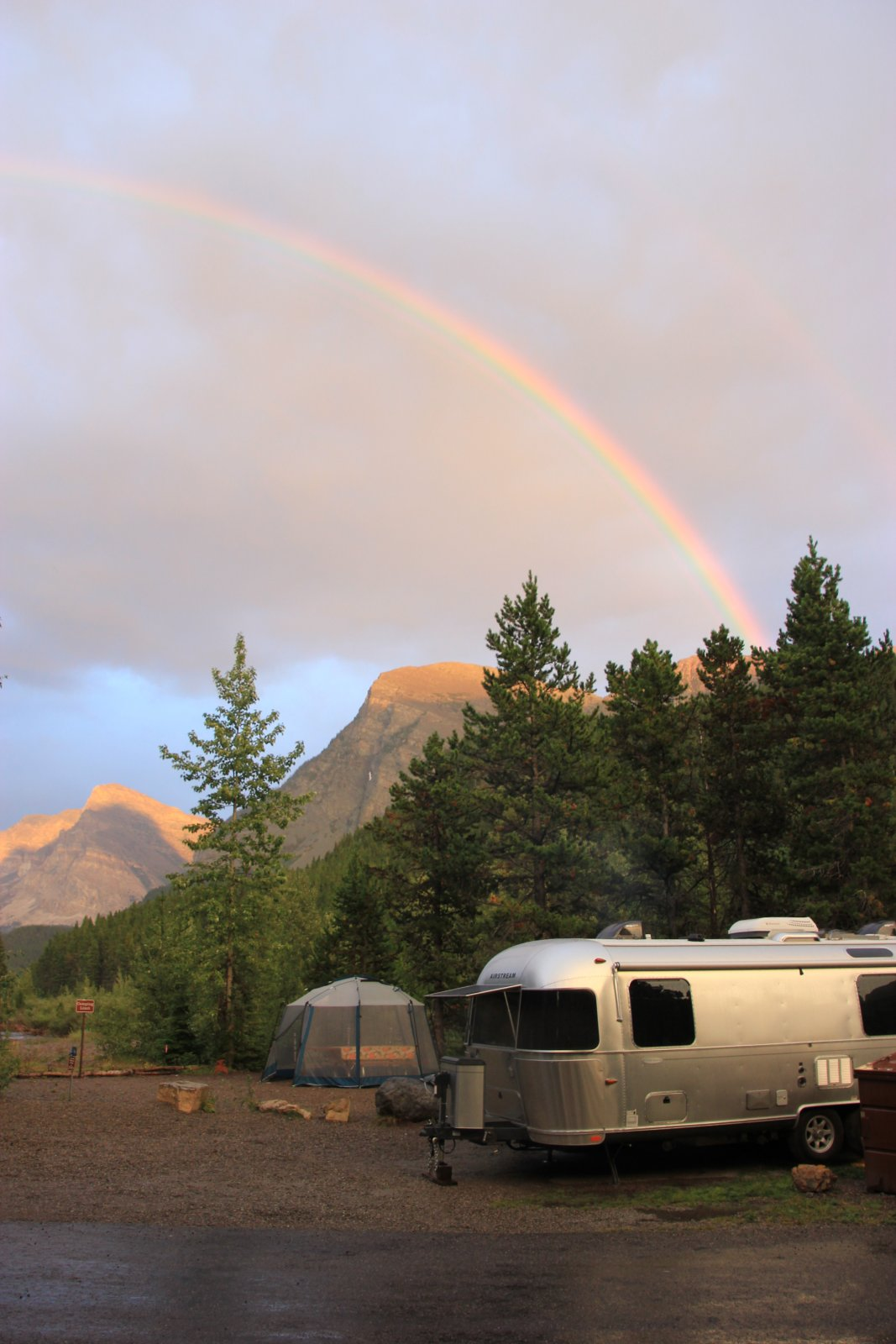 Click image for larger version  Name:Swiftcurrent campsite 74...on the creek!.jpg Views:152 Size:186.3 KB ID:235509
