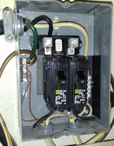 Click image for larger version  Name:airstream_circuitbreakers_new_01.jpg Views:49 Size:35.1 KB ID:235914