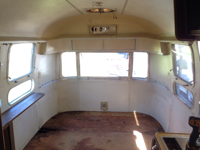 Click image for larger version  Name:ImageUploadedByAirstream Forums1428866056.687266.jpg Views:129 Size:298.9 KB ID:236132