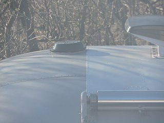 Click image for larger version  Name:0413 white roof end cap.jpg Views:169 Size:163.0 KB ID:236192