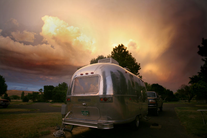 Click image for larger version  Name:5D__0514 sunset storm-s.jpg Views:142 Size:86.1 KB ID:23669