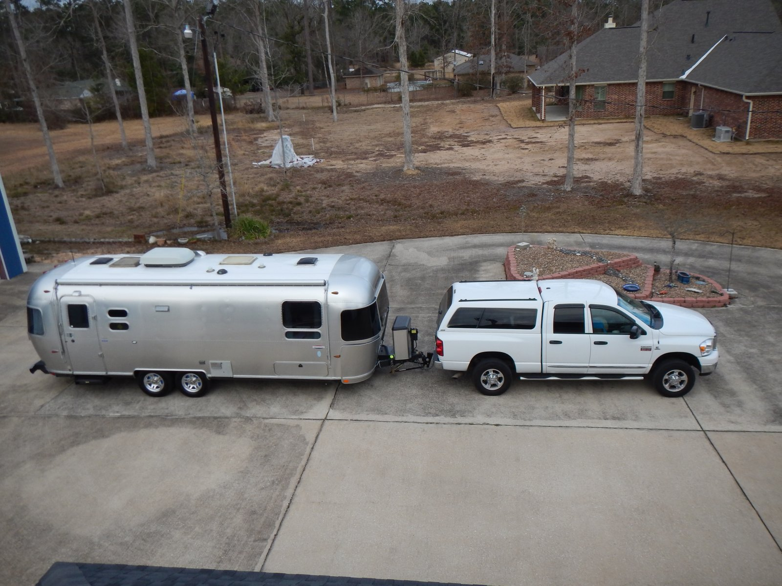 Click image for larger version  Name:Trailer Truck.jpg Views:67 Size:322.1 KB ID:237272
