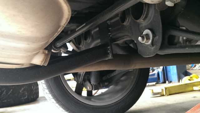 Click image for larger version  Name:Q7 hitch mod - mounting at subframe.png Views:505 Size:319.7 KB ID:237676
