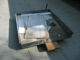 Click image for larger version  Name:1205 Waste Tank Cover.jpg Views:193 Size:256.1 KB ID:237721