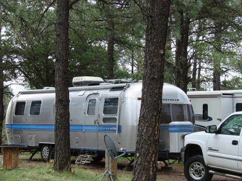 Click image for larger version  Name:Airstream Sacremento Mtns.jpg Views:60 Size:60.6 KB ID:23785