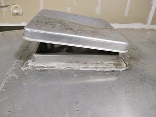 Click image for larger version  Name:1412 Vent Rear Sealant Shot.jpg Views:135 Size:223.0 KB ID:238996