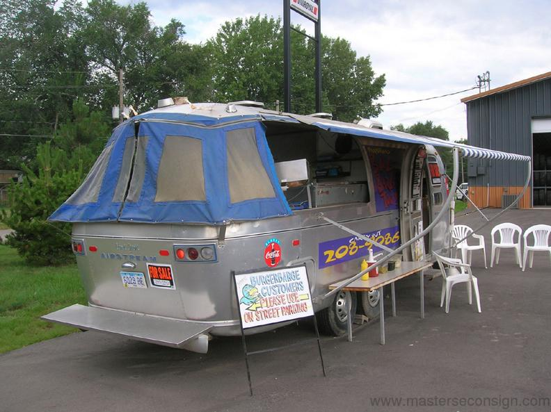 Click image for larger version  Name:Mobile Kitchen.jpg Views:150 Size:79.6 KB ID:24023