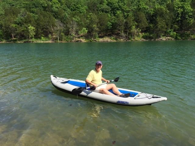 Click image for larger version  Name:kayak.jpg Views:88 Size:89.1 KB ID:242334