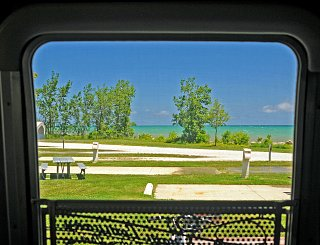 Click image for larger version  Name:Lake Michigan View-s.jpg Views:144 Size:369.4 KB ID:242610