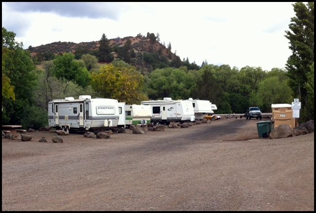 Click image for larger version  Name:Typical campsites at Camp Creek.JPG Views:84 Size:222.1 KB ID:242709