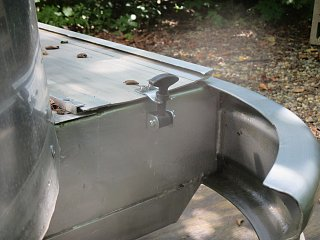Click image for larger version  Name:1408 Bumper Lid Stays.jpg Views:525 Size:224.1 KB ID:243642