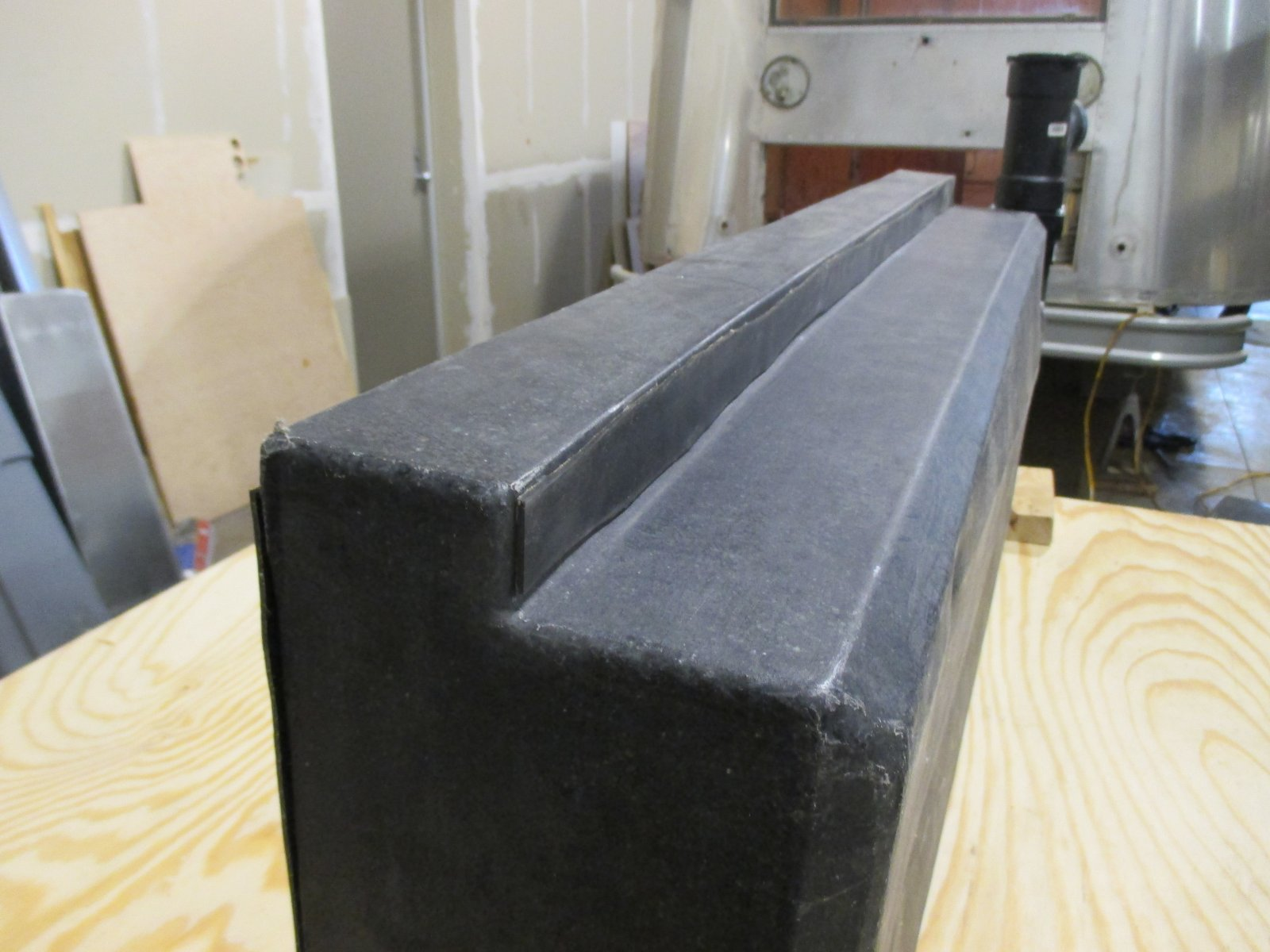 Click image for larger version  Name:1404 Waste Tanks Rubber Mounting Rail Interface.jpg Views:91 Size:193.3 KB ID:243645
